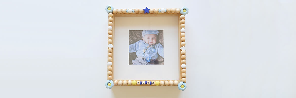 step-by-step instructions wooden bead frame: finished DIY wooden bead frame