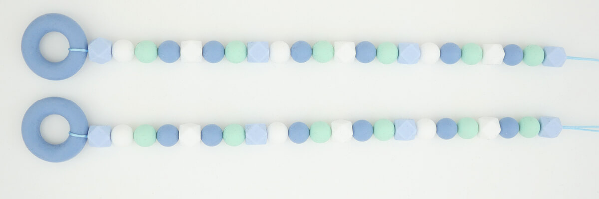 step-by-step instructions bead wall holder: strung silicone beads